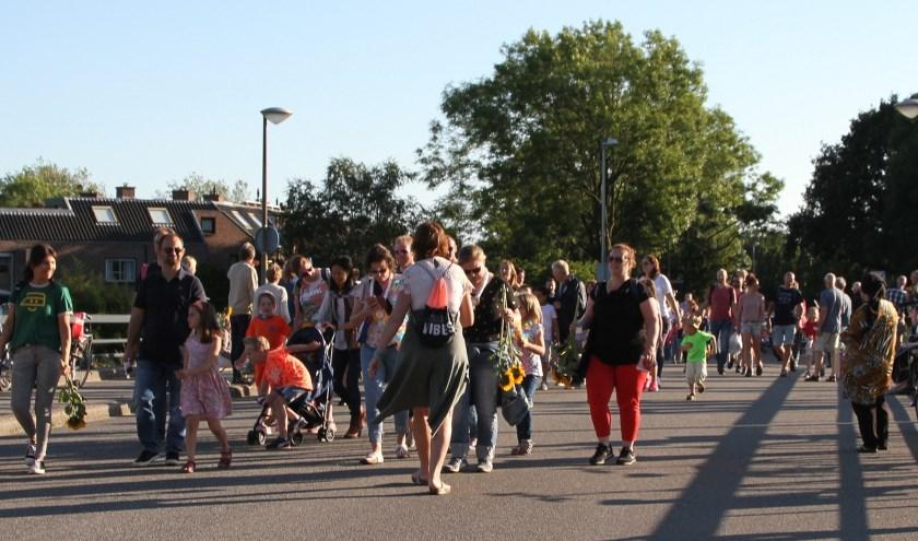 Bijna in sportpark De Bloemerd waar de Avond4Daagse eindigde op de velden van Velocitas.