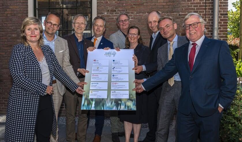 Partners van Economie071 zijn enthousiast over de verzelfstandiging van het Expat Centre regio Leiden.