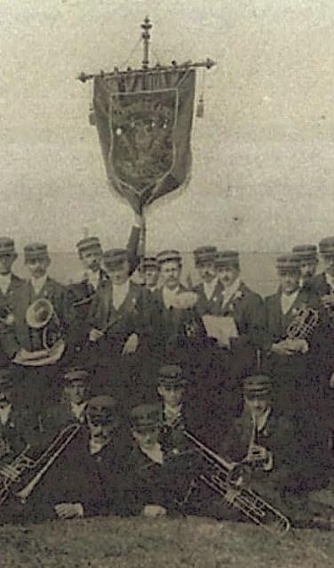 Uitsnede van de een foto van de HHK in 1904. Foto:  www.hhkhillegom.nl.