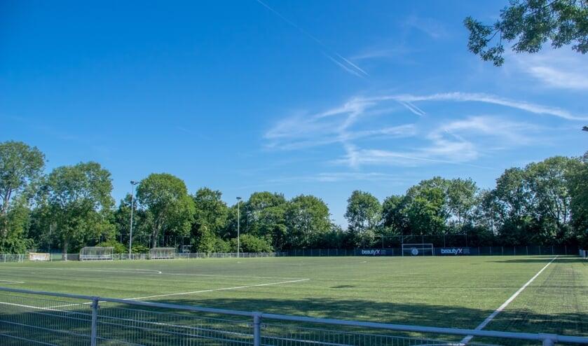 De Leiderdorpse sportvelden blijven de komende weken leeg.