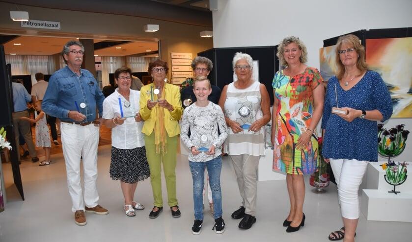 De prijswinnaars van de Rijnsburg Oranje Expositie.