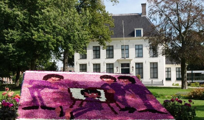 In de Hoftuin ligt een prachtig mozaiek van de Beatles.   Foto: Matthew Radjiman