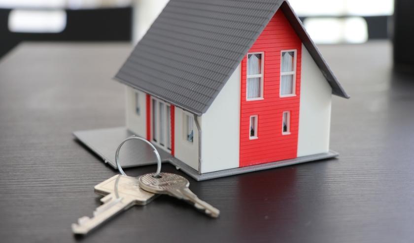 De huizenmarkt is nog steeds druk. Misschien omdat de eerste hypotheekverstrekkers de rente al hebben verhoogd.