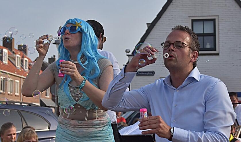 De opening van de Toeristenmarkt 25 juni dit jaar | Foto: Piet van Kampen