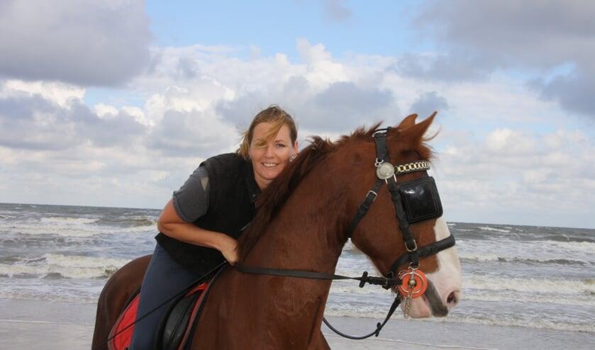 Janneke heeft grote liefde voor paarden én de Valkenburgse Mart.