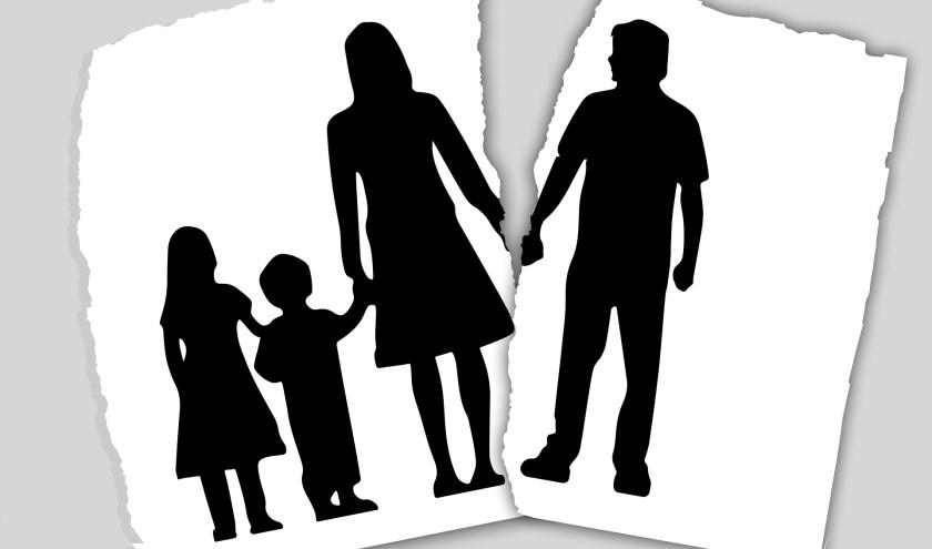 Je gaat uit elkaar. Hoe ga je om met de emoties van de kinderen? Waar moet je op letten? Hoe vertel je het überhaupt? Daar gaat het webinar van het CJG over.