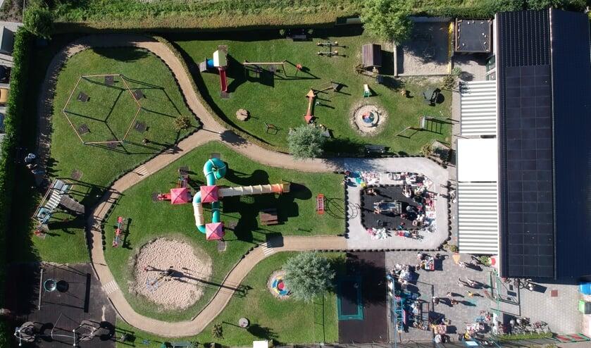 De speeltuin van bovenaf gezien. De vereniging bloeit weer helemaal. | Foto: pr