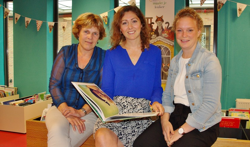 Yvonne Weermeijer, Roxanne Heemskerk en Ariene Volmer zijn blij dat het concept 'Koffiespeeltuin' is aangeslagen.
