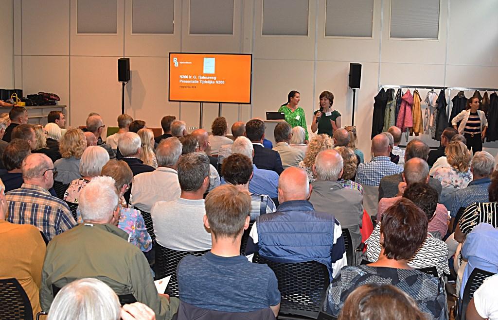 De Valkenburgers voelen zich door de Provincie niet serieus genomen.   Foto: Piet van Kampen. Foto: Piet van Kampen © uitgeverij Verhagen
