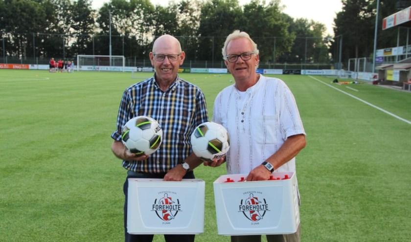 Bestuurslid Cees van Kampen (l) en voorzitter Herman van Gent. | Foto: PR