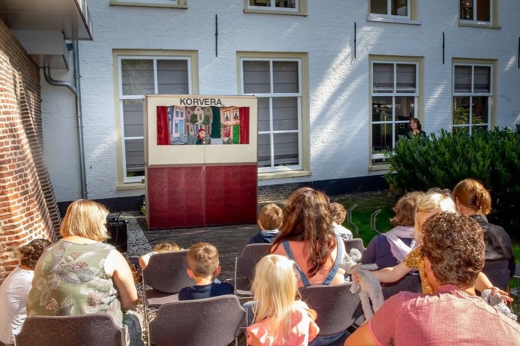 1819 of 2019, kinderen leven altijd volop mee met de avonturen van Jan Klaassen en Katrijn. Foto: J.P.Kranenburg © uitgeverij Verhagen