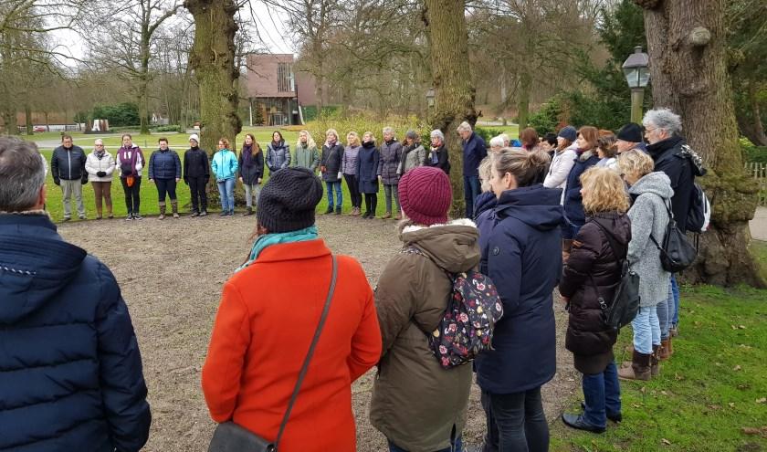 Een groep van 70 personen deed mee aan de Bewuste Wandeling.