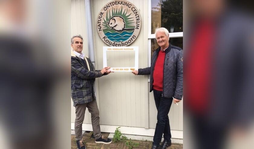 Hans Goudsmit en Tom van Oort van het Natuurcentrum
