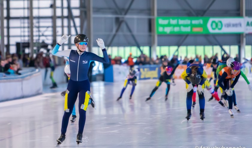 Patricia Koot blijft Sanne Oosterwijk voor en wint het NK marathon voor junioren C.