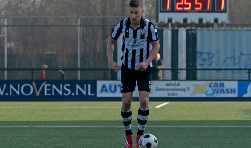 Stef van der Zalm gaat komend seizoen spelen bij V.v. Noordwijk. | Foto: Johanna Oskam