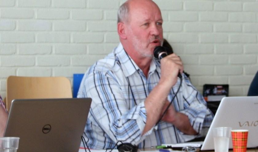 Voorzitter Meijvogel: 'Zoveel tegenslagen, het is bijna niet meer aan de leden uit te leggen'. | Foto: Wim Siemerink