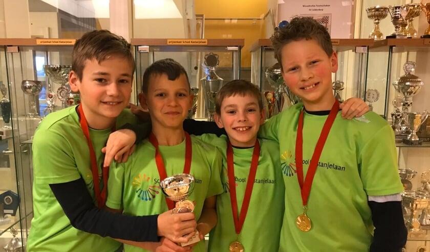 Het kampioensteam, v.l.n.r. Bjarne Blok, Dani Bickes, Stef Barendse, Guido Meskers. | Foto: PR