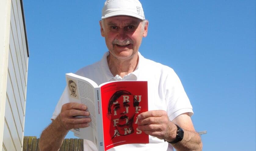 Rob Siekmann: 'Ik hoop dat mensen door dit boek diepere kennis krijgen van de uitspraken van Cruijff. Hij was een echte filosoof'.   Foto Willemien Timmers