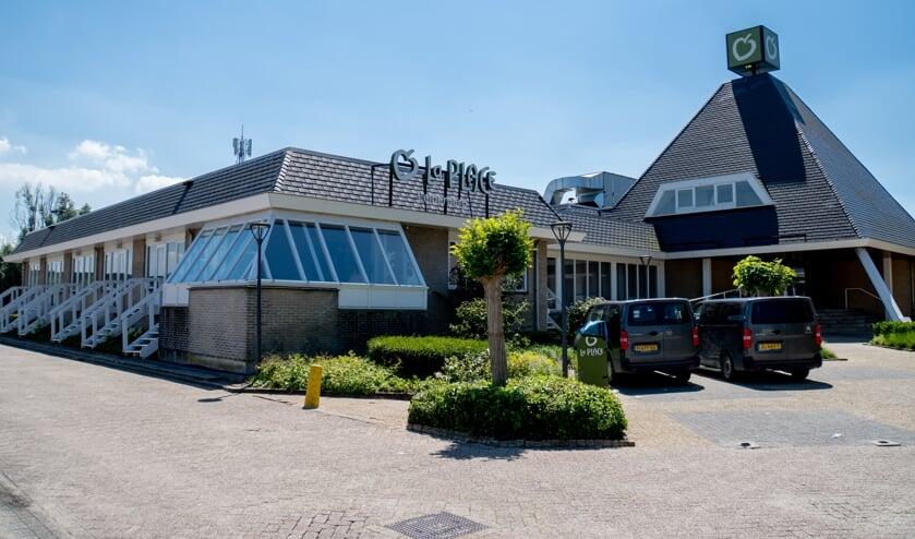 Restaurant La Place aan de Persant Snoepweg 2 in Leiderdorp.