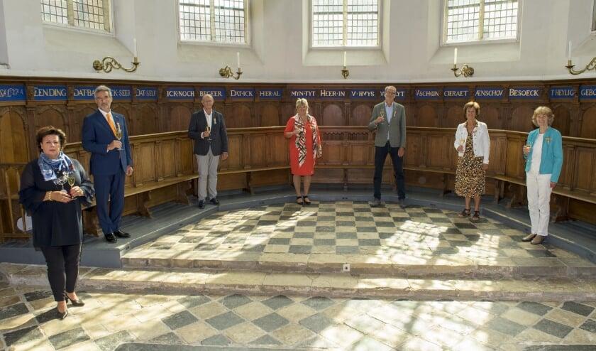 De gedecoreerden op een rijtje. Henk Hoogervorst ontbreekt op de foto. | Foto: Willem Krol