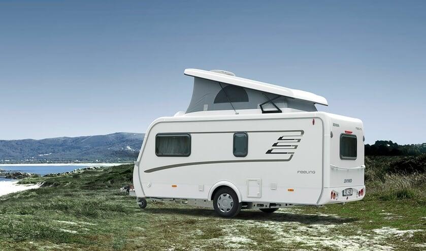 De Eriba Feeling caravan met extra slaapdak is bij uitstek geschikt voor jonge gezinnen.