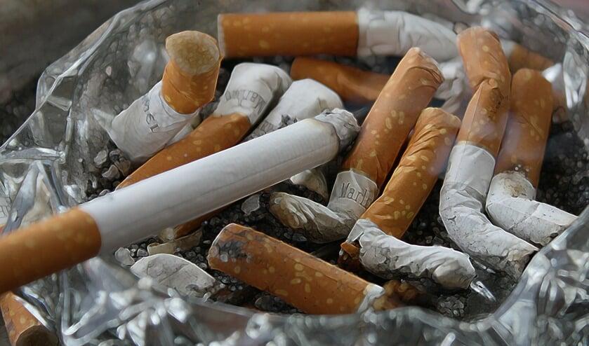 Steeds meer mensen drukken hun laatste peuk uit in de asbak. Op naar een rookvrije generatie!