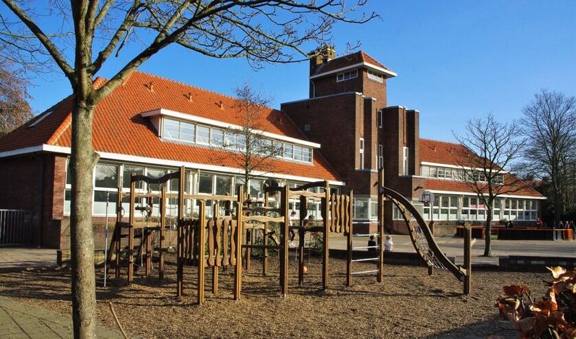 <p>In februari van dit jaar werden vier scenario&rsquo;s besproken voor de toekomst van het monumentale schoolgebouw. | Archieffoto&nbsp;</p>