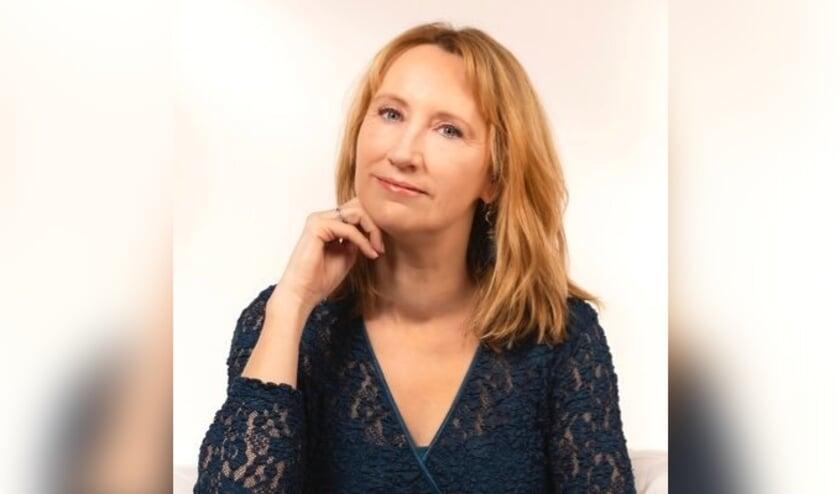 <p>Simone van der Vlugt is zaterdag 19 juni bij de Rijnlandse Boekhandel.</p>