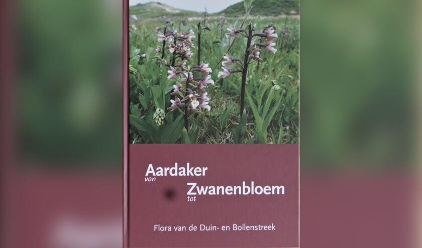 De kaft van het boek 'Van Aardaker tot Zwanenbloem' uit 2018 door Jelle van Dijk en Hans van Stijn.