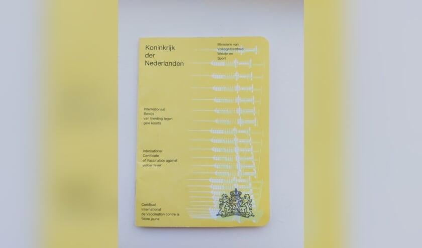 Het gele vaccinatieboekje.