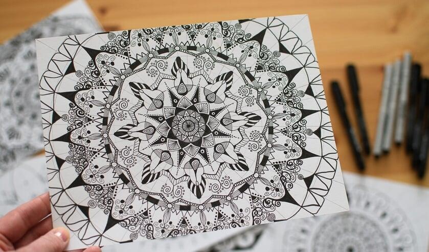 Leer zelf zentangle tekenen, een eenvoudige techniek die je je snel eigen maakt.