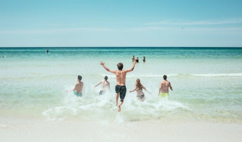 <p>Een strandvakantie zal voor veel Nederlanders &#39;gewoon&#39; in Nederland worden gehouden in plaats van in het buitenland.</p>
