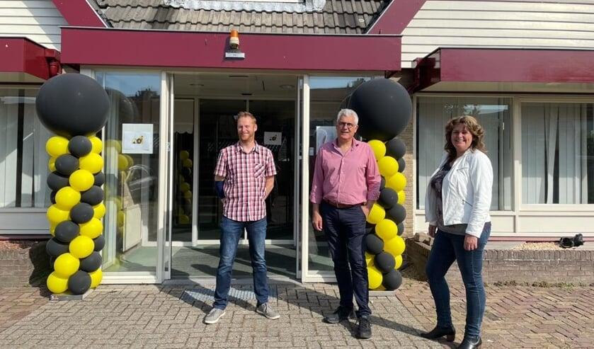 <p>Raimon Spigt (penningmeester ODI), Sjaak van den Berg (wethouder) en Adry Beugelsdijk (voorzitter ODI) | Foto: PR.<strong>&nbsp;&nbsp;&nbsp;&nbsp;&nbsp;</strong></p>