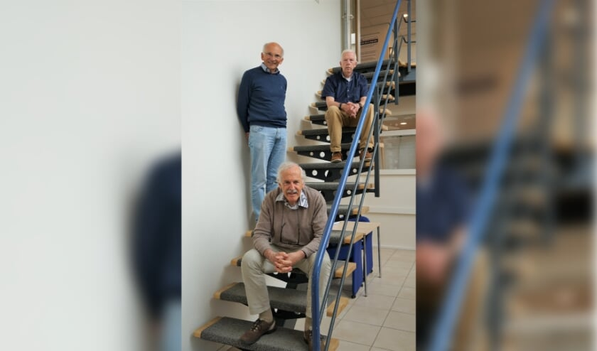 <p>V.l.n.r. Ren&eacute; de Vries (Stichting MOL), Emiel Broesterhuizen (LVU) en Bob Reidsma ILeiderdorps Museum) hebben het initiatief genomen voor het opzetten van het Cultuurplatform Leiderdorp.</p>