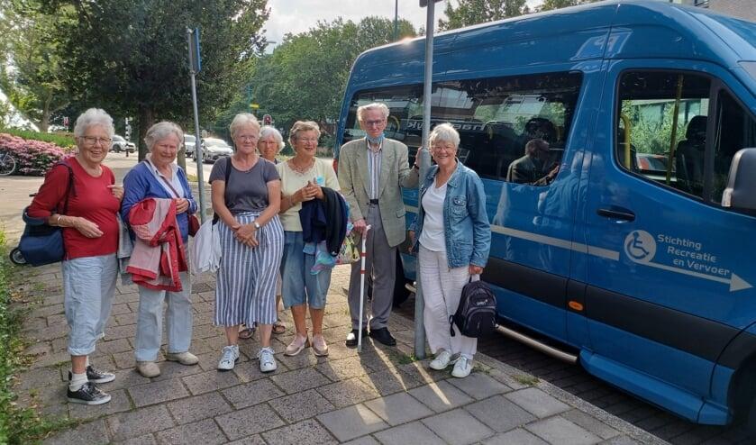 <p>De Blauwe PlusBus is een samenwerking tussen de Stichting Radius en Stichting Recreatie en Vervoer om uitstapjes aan te bieden aan de inwoners van Oegstgeest.</p>
