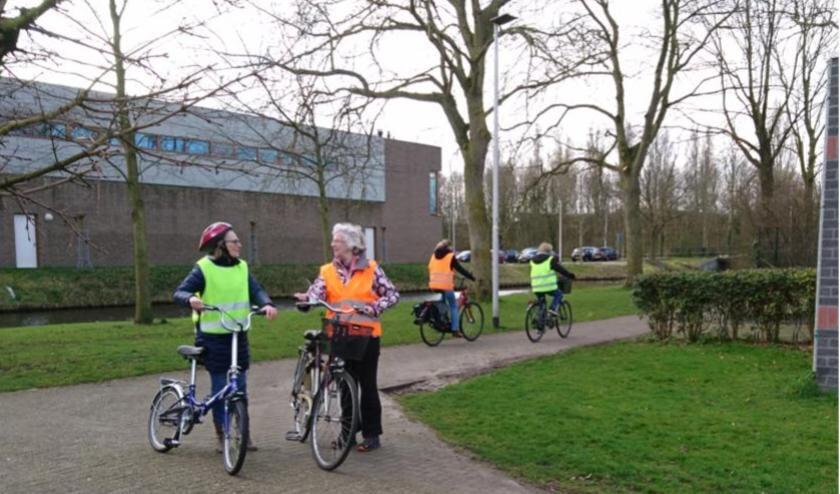 Met de fietscursus leer je weer met plezier te fietsen, terwijl je dat eerder niet meer durfde.