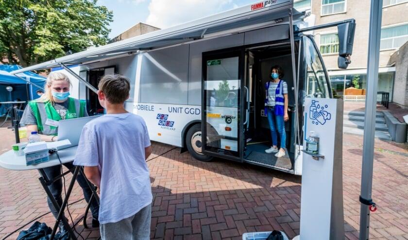 <p>De GGD zet overal in het land corona-prikbussen in.</p>