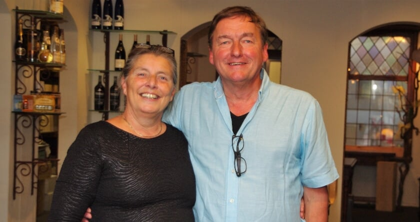 <p>Olav en Silvana Peters op de laatse openingsdag. | Foto Willemien Timmers</p>