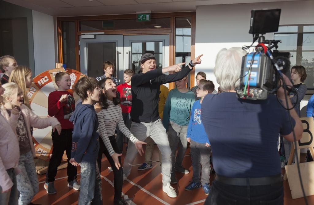 Raynaud Ritsma vlogt met kinderen Foto: Raynaud Ritsma © Rondom Sneek