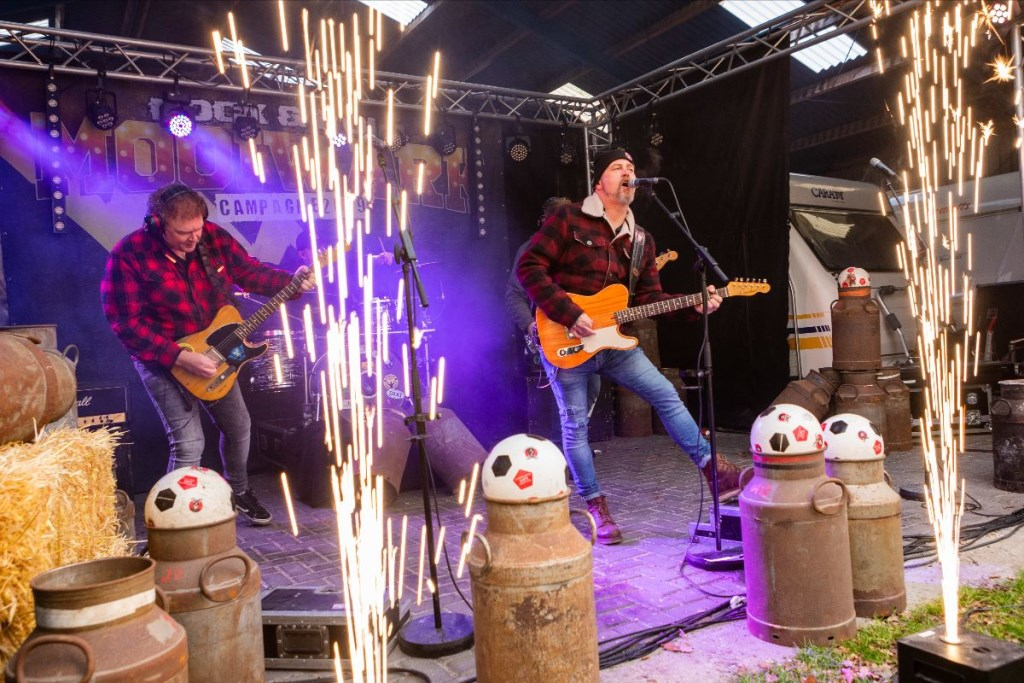 De band Mooi Wark schreef een speciaal BOCK lied en liet dat vandaag voor het eerst horen Foto: Jan Buwalda © Rondom De Stellingwerven