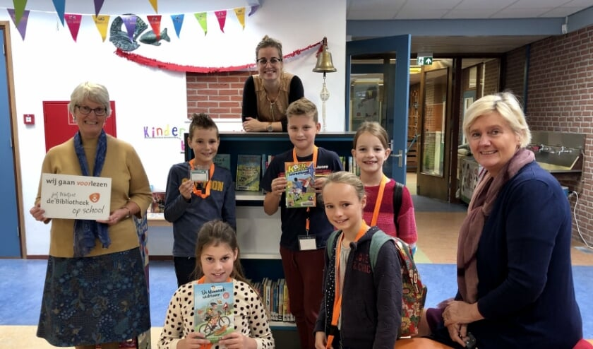 <p>CBS Eben Ha&euml;zer in Goedereede Havenhoofd opende hun eigen Bibliotheek op <br>School </p>