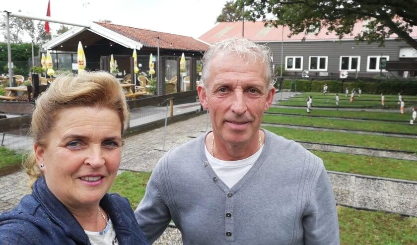 <p>John en Sylvia Quaak gaan de gezelligheid missen</p>