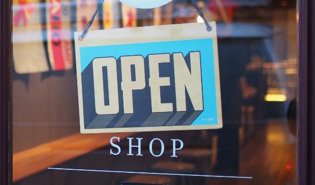 Het duurt nog wel even voordat de winkels weer helemaal open kunnen.