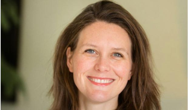<p>Laura Smeets, de nieuwe conservator bij Keramiekmuseum Princessehof in Leeuwarden gaat haar internationale netwerk inzetten voor het museum.</p>