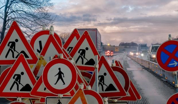 Overzicht van de wegwerkzaamheden die op stapel staan in Heerenveen de komende tijd.