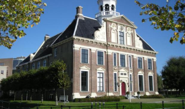 Het gemeentehuis van Heerenveen.