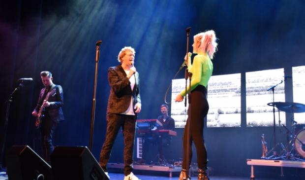 Vangrail & Elske DeWall maken er een prachtige show van.