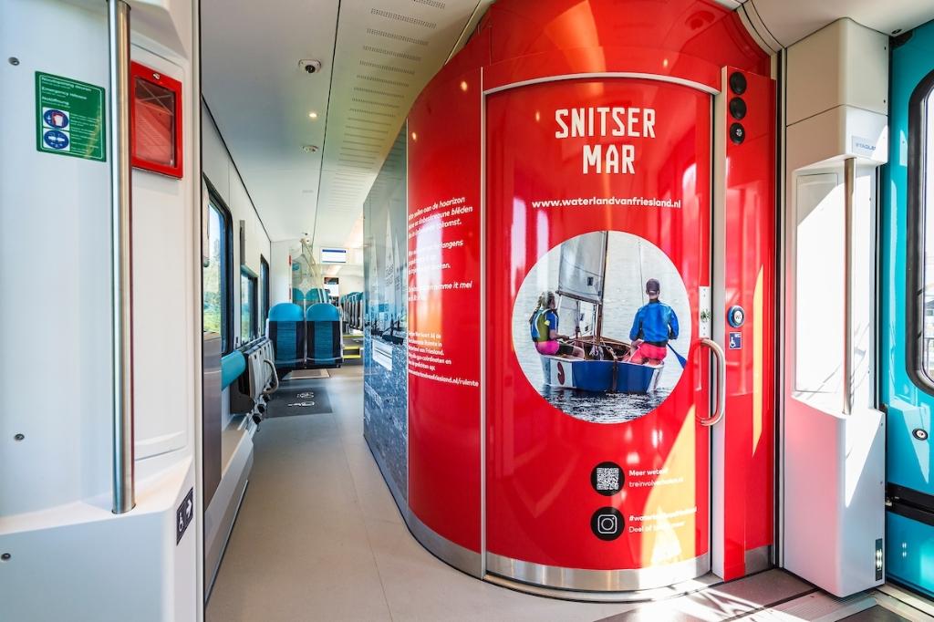 De nieuwe WINK-trein van Arriva 'Snitser Mar'  Foto: Arriva Nederland © Rondom Heerenveen