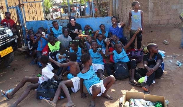 <p>Favela United helpt jonge voetballers aan een betere toekomst.</p>