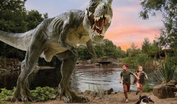 <p>Enorme dinosaurussen in AquaZoo</p>